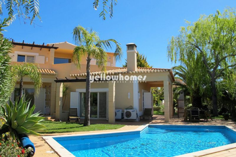 Semi-detached 3-bed Villa on a Golf Resort near Carvoeiro